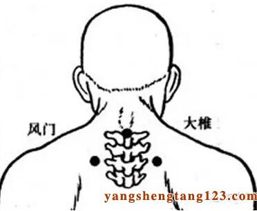 有高血压病史或是有血管病变的人群,在冬季尤其要注意头部保护