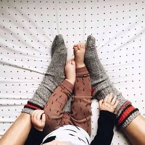 宝宝晚上睡觉穿不穿袜子,宝宝能穿袜子睡觉吗