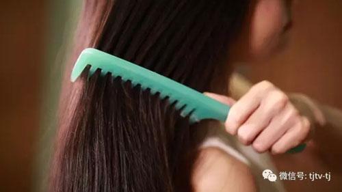 食鉴出真知20170831视频,黑豆白发变黑发,自制能吃的染发膏