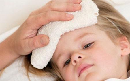 李瑛:宝宝发烧,爸爸妈妈的处理原则
