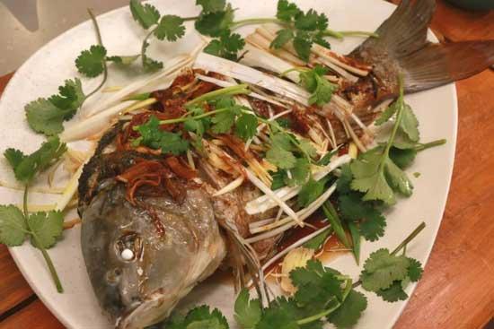 回家吃饭20180222视频,张悦,陈铎,臧金生,葱油鱼的做法