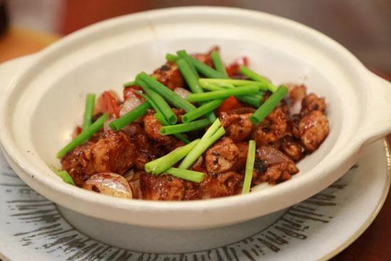 回家吃饭20180724,李清华,八宝饭,酸菜肉末,干葱豆豉爆鸡球