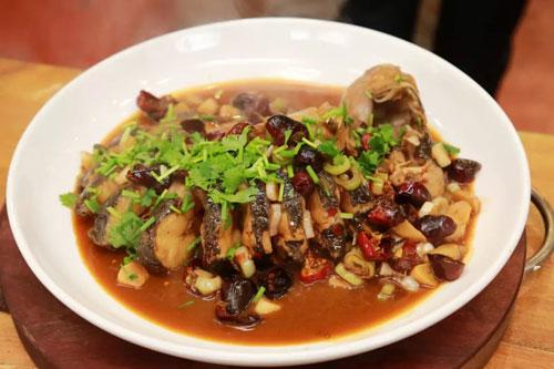 回家吃饭20180918视频,钱松,萝卜蒸牛肉,王云飞,葱烧江团