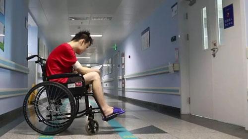 生命缘20181017,产妇冯尧,拯救三胞胎,韦涛,白塞氏病