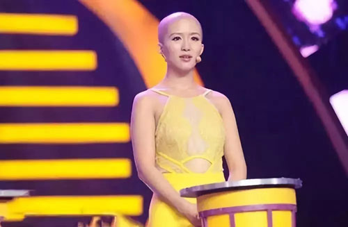 有请主角儿20181208,安然,最美光头女孩,蒋张子怡,涅��重生的美丽