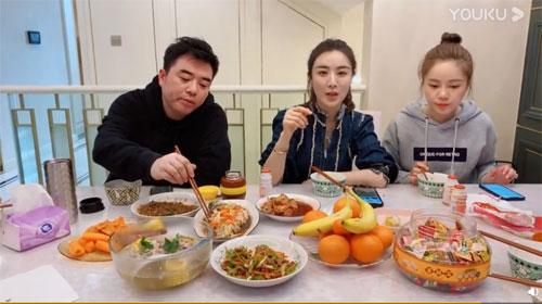 好好吃饭直播第6期20200213,薇娅,直播做饭,和老公爆笑吵架