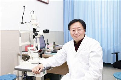 中国中医科学院眼科医院巢国俊医生怎么样,出诊时间,预约挂号